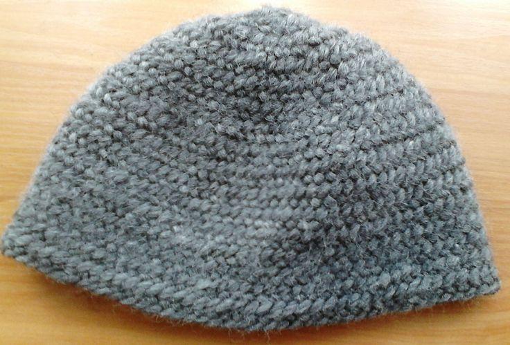 Nålebinding hat. Oslo stitch. Hand-made. 100%  wool.   (Also Naalbinding/needle-binding)