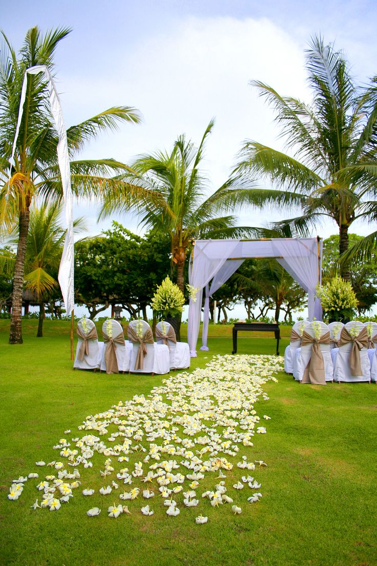 Yellow And Rustic Brown Garden Wedding Decoration Project By Grand Hyatt Bali Http