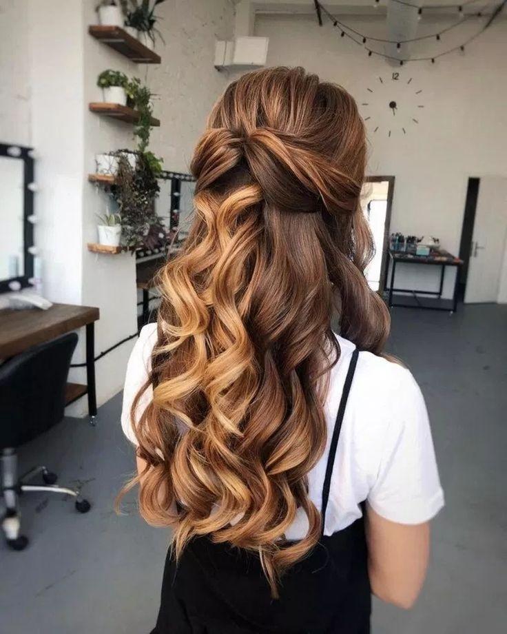 59 Pretty Prom Frisur Ideen für lockiges langes Haar #prettypromhairstyle #curlypromhairstyle #promhairstyleideas