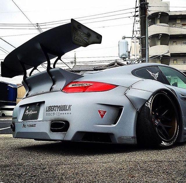 Liberty Walk | Porsche 977 Turbo...