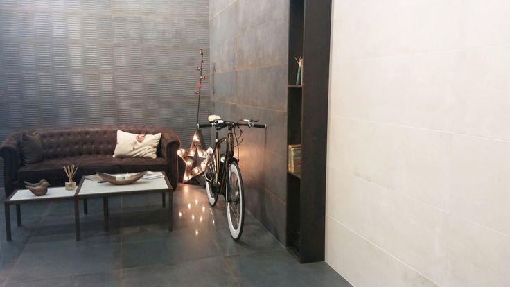 #NuevosFormatos #ConvenientLarge #Track #NovedadMetropol #Cersaie2016 Stand C19-D20 y D19 Bicicletas con cuadro de madera by TBKbike #Tendencia #Interiorismo #Arquitectura #InteriorDesign #Inspiración