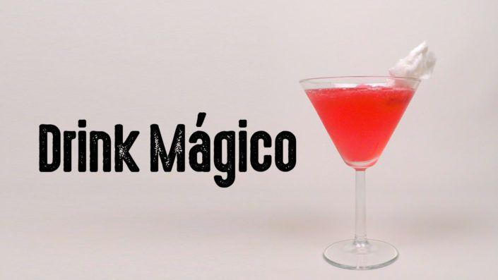 cover-drink-magico-algodao-doce-agua-com-gas-vodka-cranberry-Drinkeros