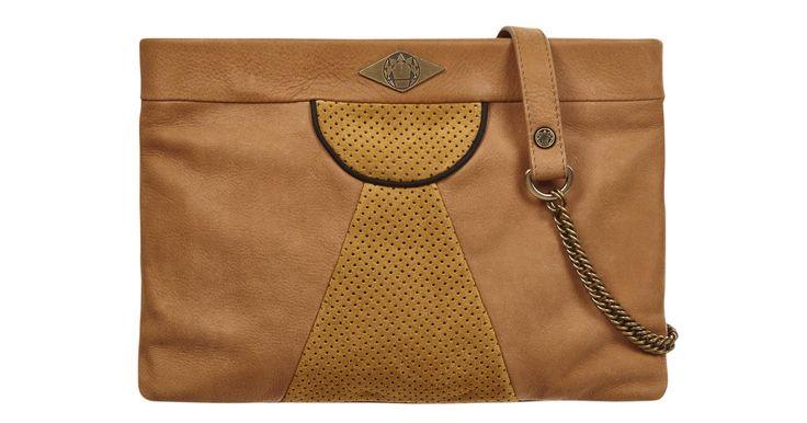 Pourquoi on a le béguin pour cette marque? Les sacs et pochettes Mohekann ont une jolie personnalité, marquée par le binôme cuir / velours et une touche ethnique colorée !Délais de livraison : 2 jours ouvrés.