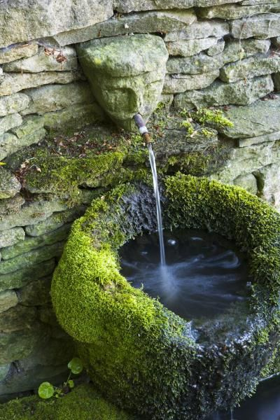 Love the moss on this water feature