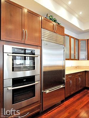 It would require knocking out an entire wall, but I will have it someday...a double wall oven, that is.