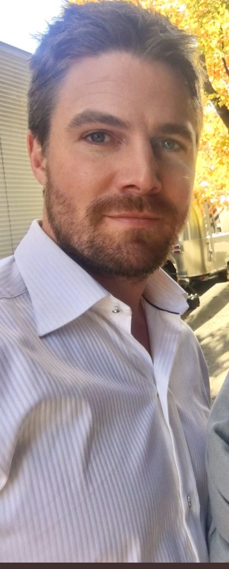 Stephen Amell..omfg!! Hot, sexy, yummy, delicious...❤️❤️