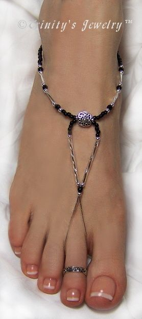 Bali Bead and Crystal Barefoot Sandals Jewelry~ Love the simple look of this ...so elegant