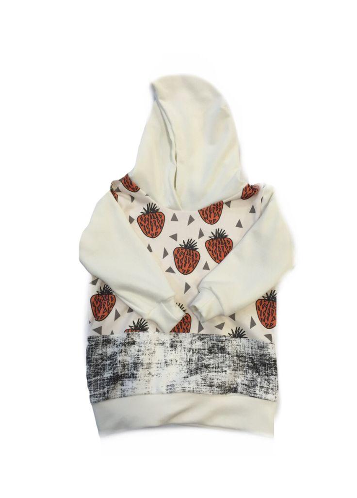 Hooded sweatshirt www.etsy.com/ca/shop/LittleDThreads