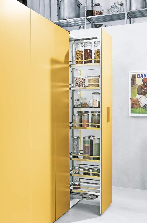 Kitchen Columns N.O.W. larder by Daniele Lago