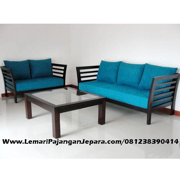 Jual Kursi Tamu Minimalis Cat Hitam merupakan Produk Mebel asli dari Jepara dengan Desain Meja Minimalis Dan Kursi Tamu Sofa yang cantik untuk ruang tamu