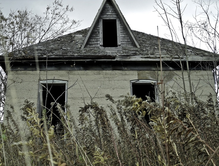spooky house located on native Indian reserve south of Toronto
