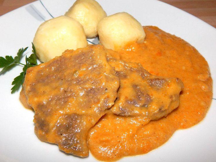 Vadas marhaszelet recept Galuste cu sos de morcovi si carne de vita