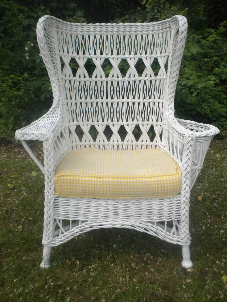 Large Bar Harbor Wicker Wing Chair With Magazine Pocket