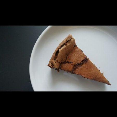 Chocolate flourless cake - catalinapenciu.ro