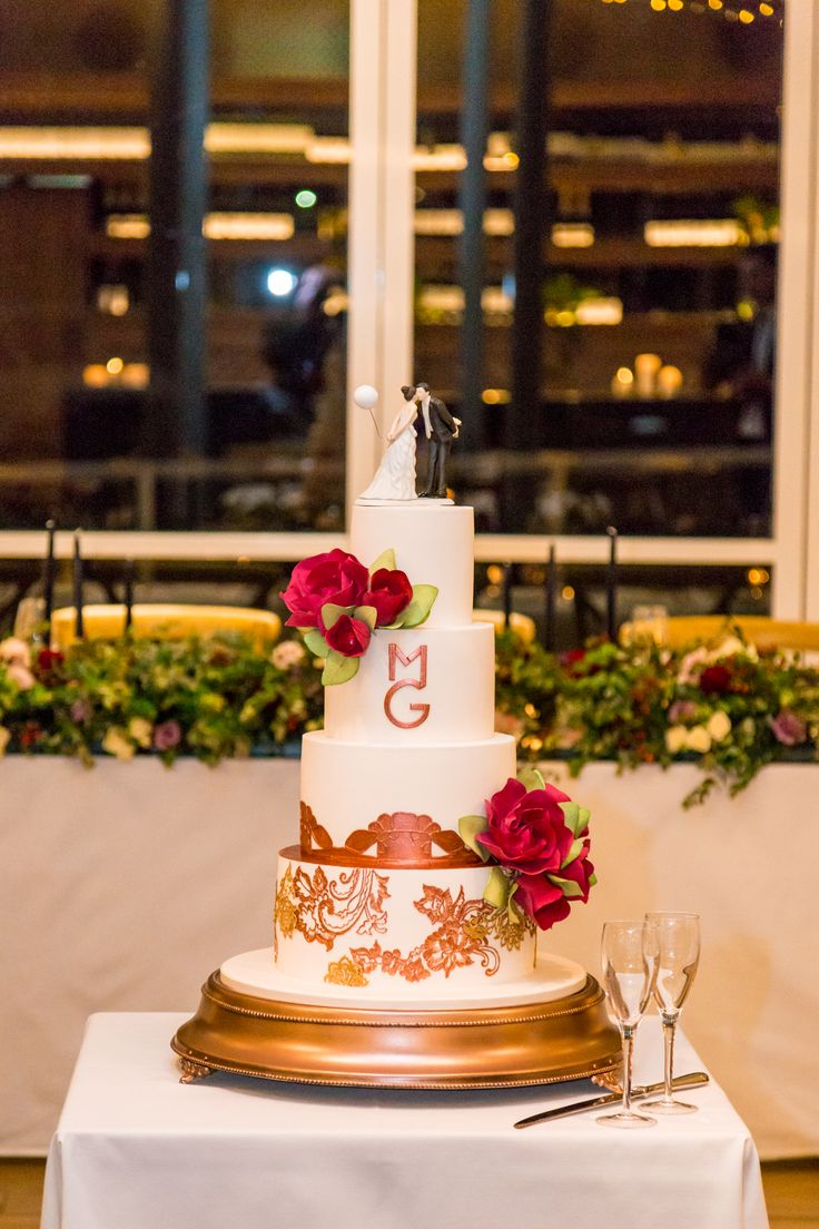 Wedding Wisteria Room // Cake