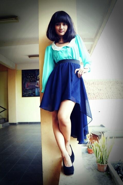 Model: Suci Fitria Apriani Wardrobe: Suci Fitria Apriani Make up Artist & Fashion Stylist: K.Noesa Photographers: Nunung Nurhayati