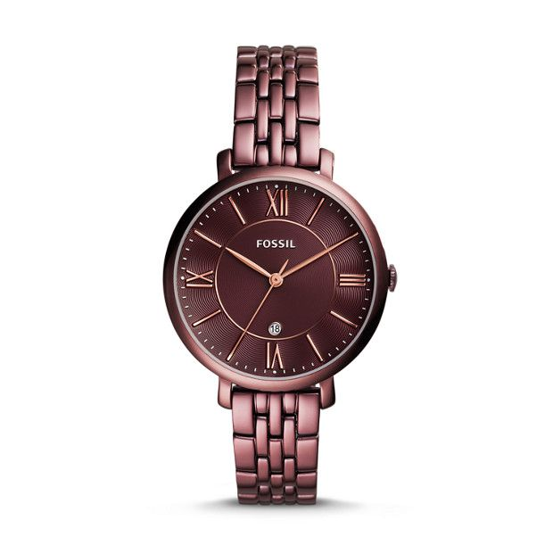 Designed for the classic tomgirl with a hint of glam, Jacqueline is the watch that pulls it all together. Featuring our wine stainless steel strap and matching dial, the signature case makes it the timepiece of the season.