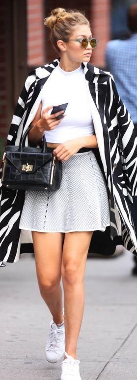 Celebrity Style – Fashion Bomb Daily Style Magazine ...