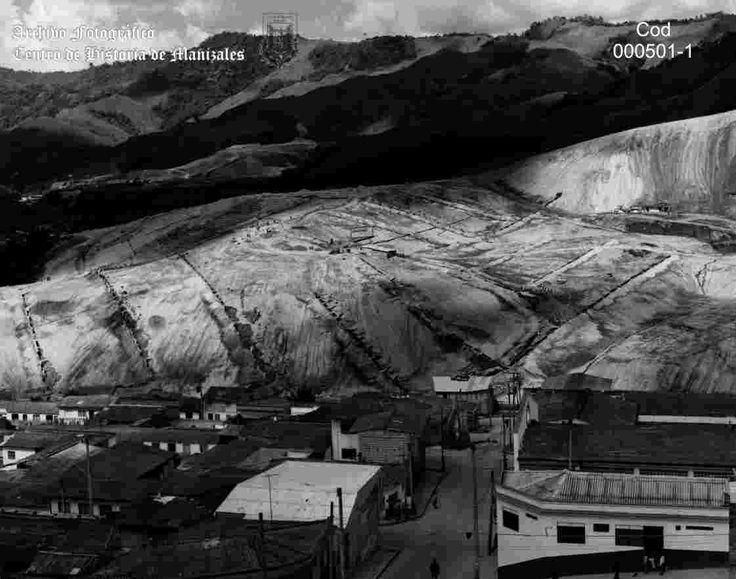 Adecuación Terrenos para los barrios al norte de la Avenida del Río, décadas del 1970 al 1980.