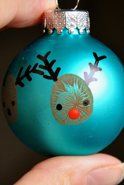 Thumbprint Ornament - flippin' cute!