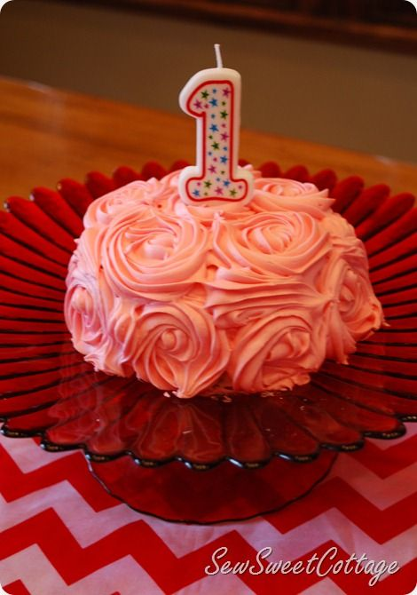 Rose Cake For Baby Girl S First Birthday It Was So Easy