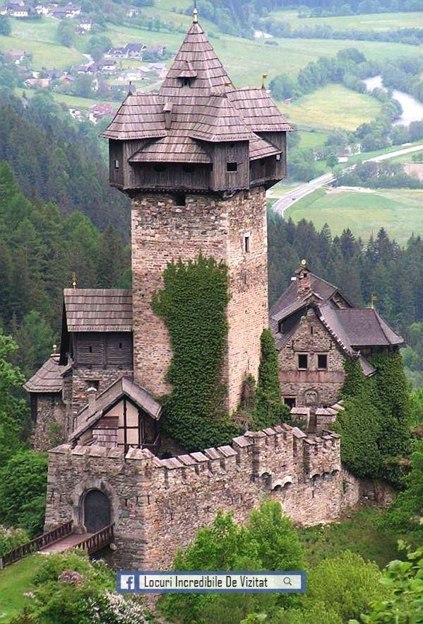 Castelul Falkenstein de Jos - Austria  Like & Share daca va place.