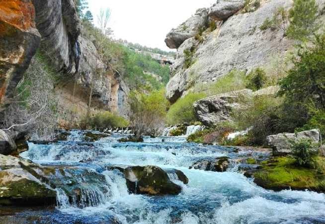 Zonas De Baño Cerca De Madrid Mucha Montaña Cascadas Sitios Para Visitar Pueblos De España