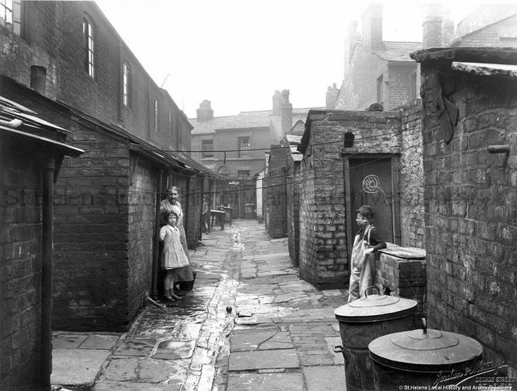 an old back alley st helens