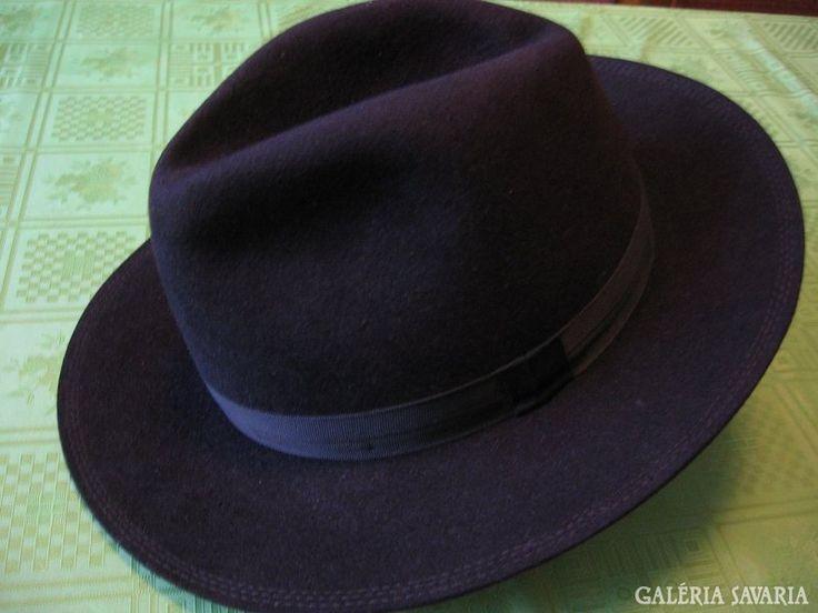 Elegáns férfi kalap