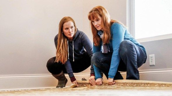 HGTV has renewed the Good Bones TV show for a second season? Are you a fan of this home renovation and house flipping show?