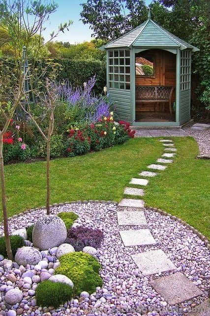 I like how the walkway goes through the bed. Could be mulch instead of rock. #landscapefrontyardmulch
