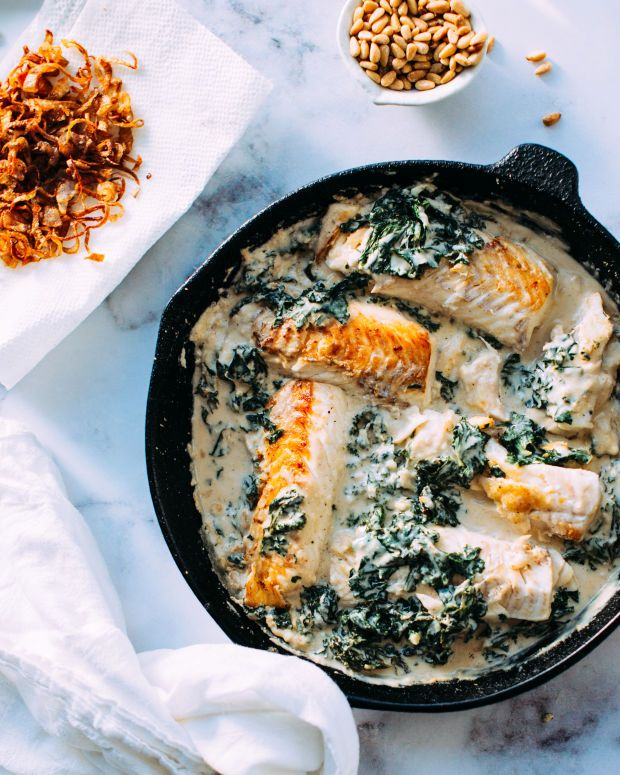 Fish and Kale in Tahini Sauce with crispy shallots - Foodess