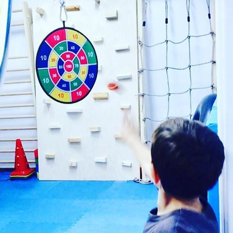 Setting goals 🎯 #playtime #occupationaltherapy #eyehandcoordination #logocare_ #learning #therapytime #progress #kids #school #preschool #target