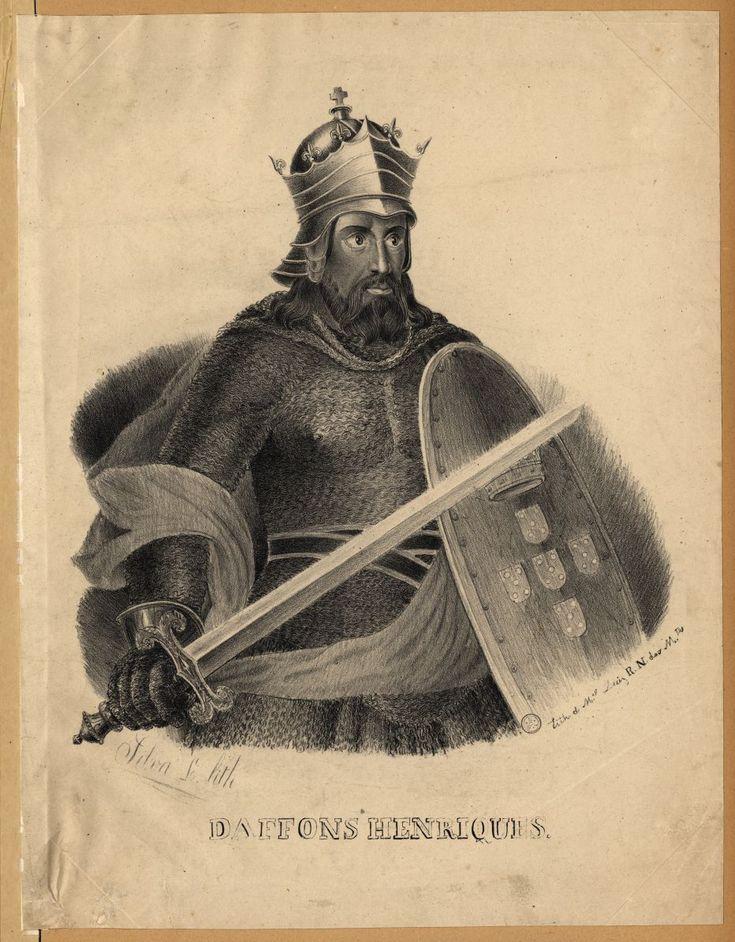 D. Sancho II de Portugal (cognominado O Capelo por haver usado um enquanto criança; alternativamente conhecido como O Pio ou O Piedoso), quarto rei de Portugal, nasceu em Coimbra em mês e ano incertos, crê-se que em 1210, filho do rei D. Afonso II de Portugal e de D. Urraca de Castela.