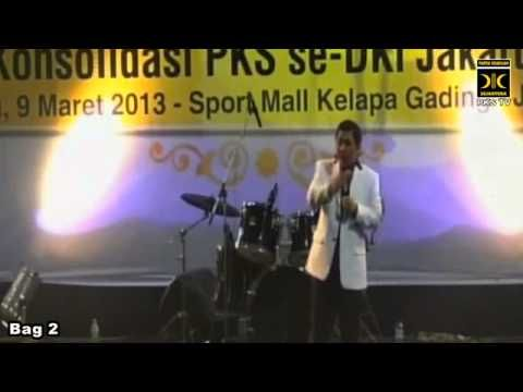Pidato konsolidasi Presiden PKS, Anis Matta se DKI Jakarta, tanggal 9 Maret 2013 di SportMall Kelapa Gading, Jakarta