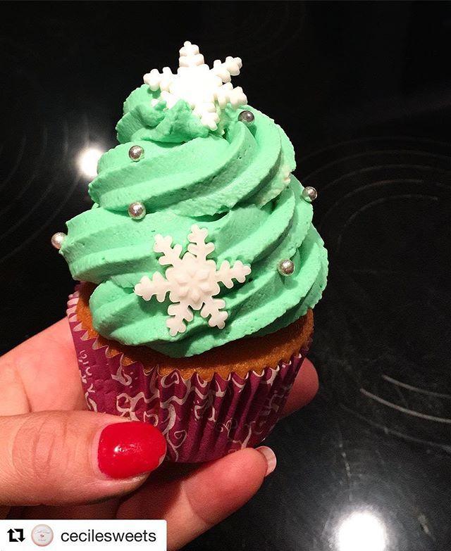 Repost Cecilesweets Un Petit Cupcake Sapin De Noel Ca Vous Tente