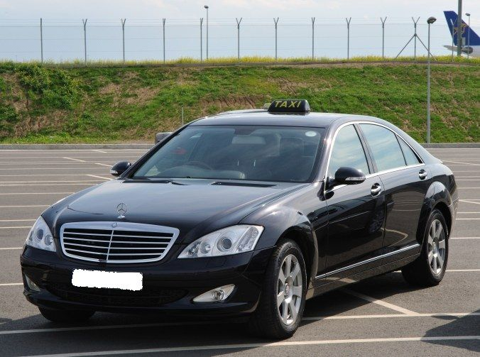 The taxi service that has offered quality transfer service to the passengers for several years in the St Andrews area is known as, ABC Taxi Transfers. It is best known for its St Andrews Airport Taxi transfer, but can also be hired for travelling to any other destination.
