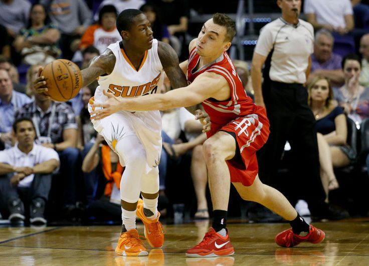 The Houston Rockets have recalled former University of Wisconsin men's basketball standout Sam Dekker from the NBA Development League. Dekker will be available for the Rockets' game at Milwaukee on Monday. 2/28/2016