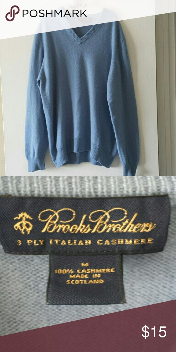 Men's Cashmere Sweater Men's blue cashmere sweater. Size medium. No holes or stains. Could use a once over with a sweater shaver. Brooks Brothers Sweaters V-Neck