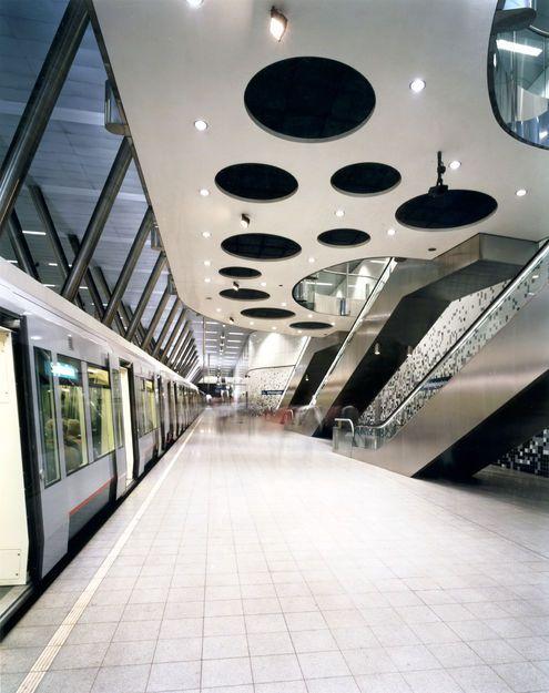 Zwarts en Jansma - Metro Station, Rotterdam
