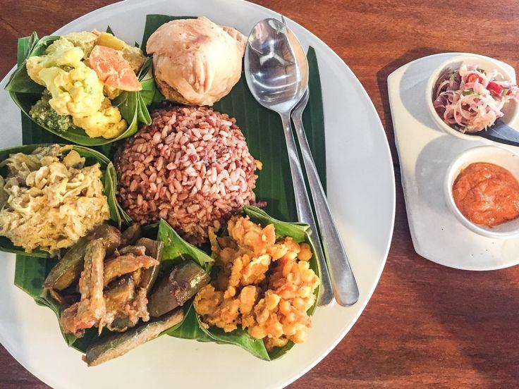 Vegetarian nasi campur at Warung Sopa