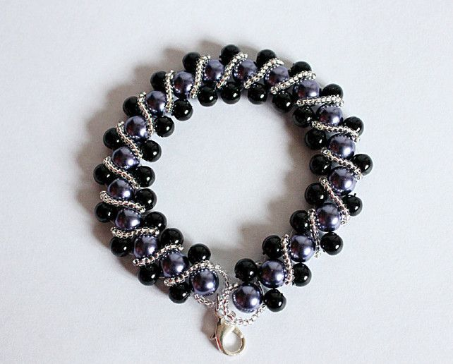 Purple and black pearl beaded gothic bracelet with lobster clasp £15.00 #Folksy365