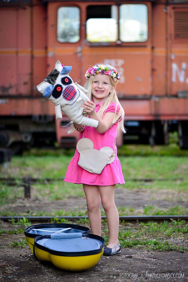 sesja_parzuchowscy_walizki dla dzieci_walizka elbrus biedronka_Walizka na kółkach dla dzieci_038