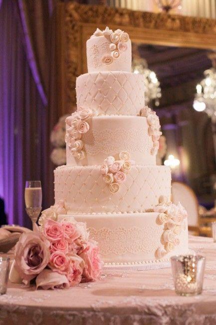 gateau de mariage luxe