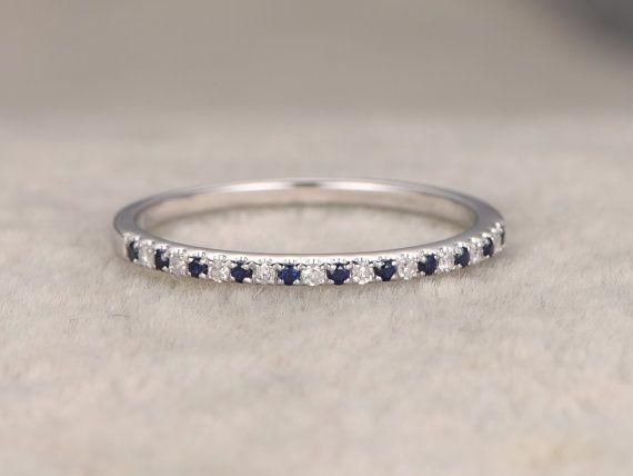 Diamant trouwring, Rose/geel/wit Gold.Every sieraden in mijn winkel moet maken om te bestellen.  ------ Objectgegevens:  Solid 14 K White Gold (goud kleur kan worden gemaakt in wit/geel/roze)  Grootte 5# (Ring kan worden aangepast)  Band breedte ongeveer 1.2mm width(bottom) band: 1.15-1.34 band breedte (boven):1.4-1.42  0.07ctw ronde geslepen natuurlijke blauwe saffieren.  0.07ctw ronde geslepen SI-H natuurlijke gratis conflictdiamanten.  Effenen Set  Andere functie: comfo...