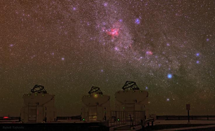 """Stunning Night Sky of Cerro Paranal"" by Babak A. Tafreshi (TWAN)"