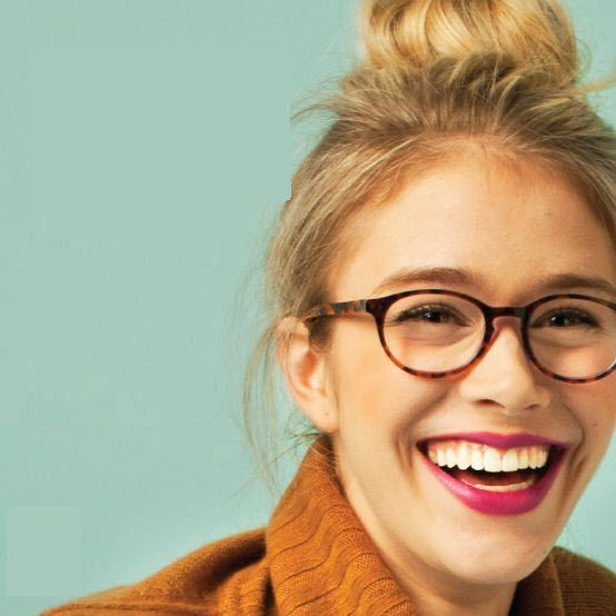A Guide to Looking Great in Glasses