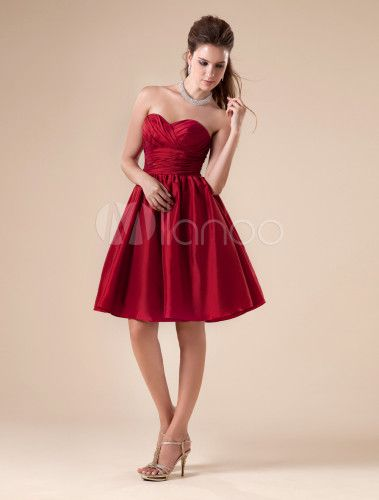 Combinar vestido rojo corto para boda