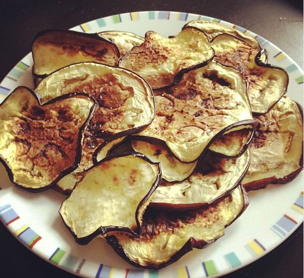 Eggplant Chips: Slice thin, brush with olive oil, sprinkle with sea salt, bake @ 400 degrees 10 min, then flip; bake 10 more min or until crisp. #food #paleo