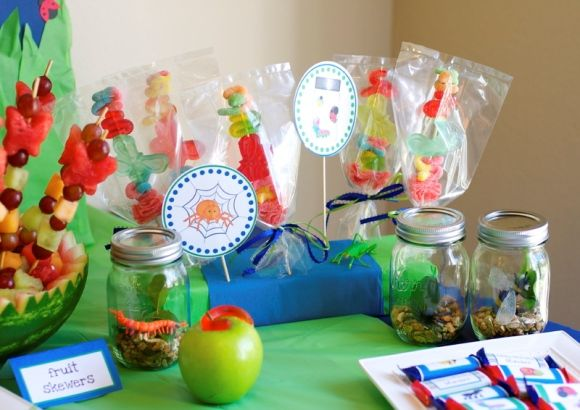 bugsBugs Jars, Bugs Birthday, Parties Decorations, Bugs Parties, Birthday Parties, Parties Ideas, 2Nd Birthday, Free Printables, Birthday Ideas